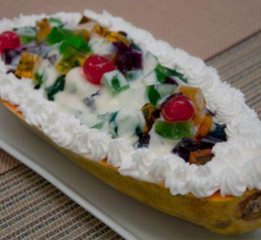 Salada de Gelatina com Calda de Cupuaçu