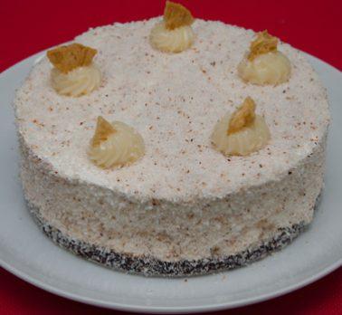 Torta Mousse de Abacaxi com Coco