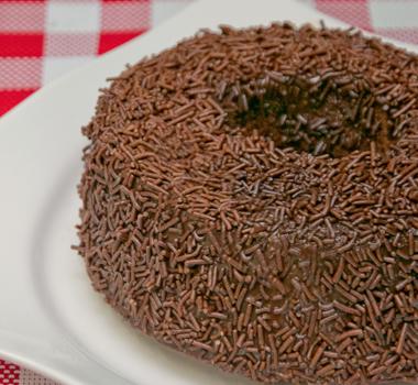 bolo-de-chocolate-confeitare