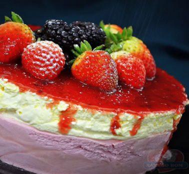 Torta de Creme e Morango