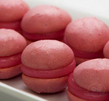 Macarons com Morango