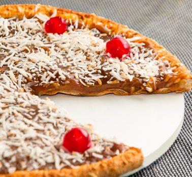 Pizza de Doce de Leite com Coco