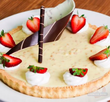 Torta Trufada de Chocolate Branco