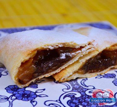 Pastel de Forno com Doce de Leite e Cappuccino
