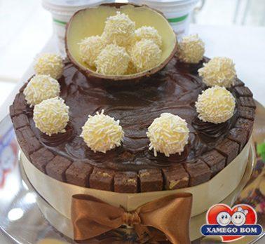 Torta de Brigadeiro e Beijinho