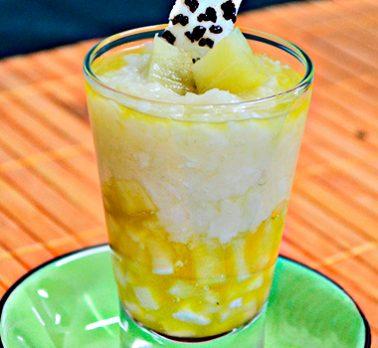 Verrine de Abacaxi com Coco Cremoso