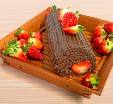 Rocambole de Chocolate com Morango